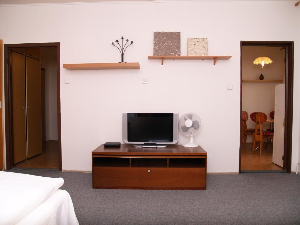 castle view apartment, bratislava, slovakia - booking
