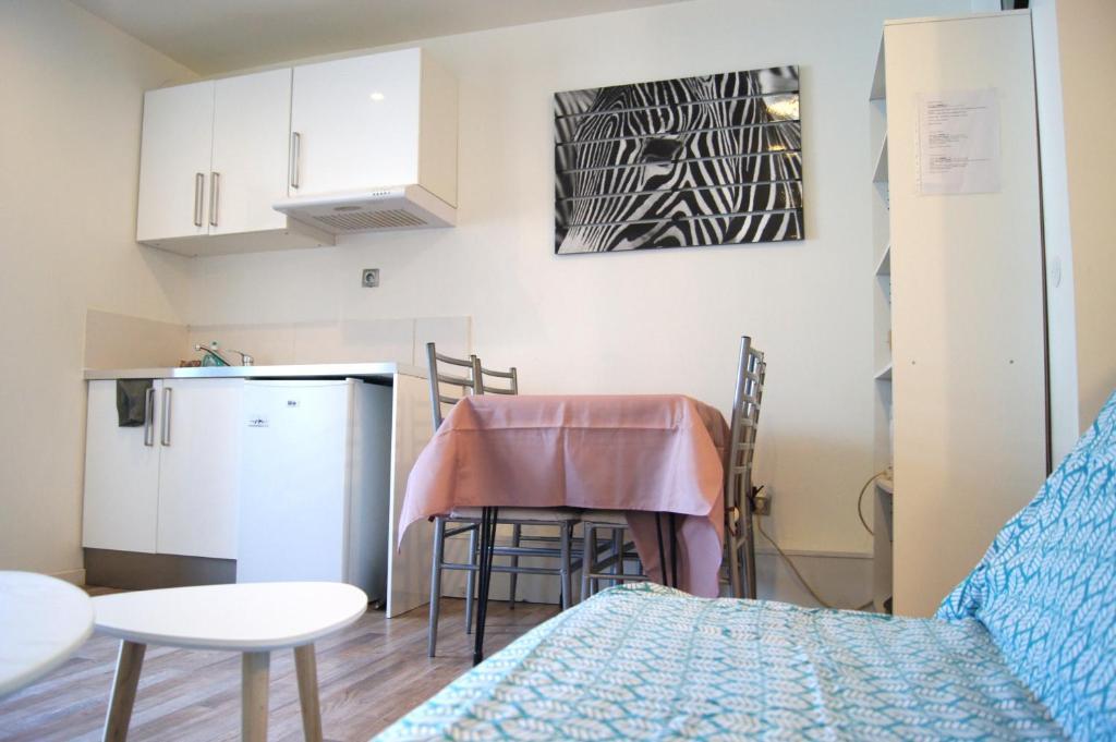 Apartments In Peyrilles Midi-pyrénées