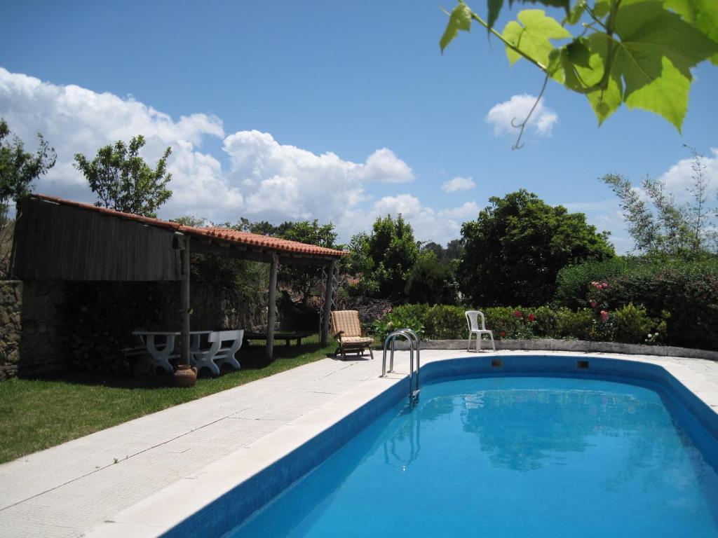 A piscina em ou perto de Porto Monte