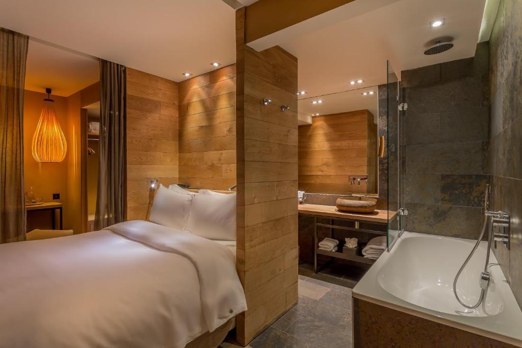 Ein Badezimmer in der Unterkunft Hidden Hotel
