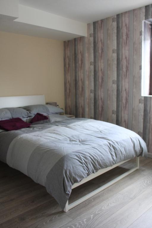 Apartments In Rhondda Glamorgan