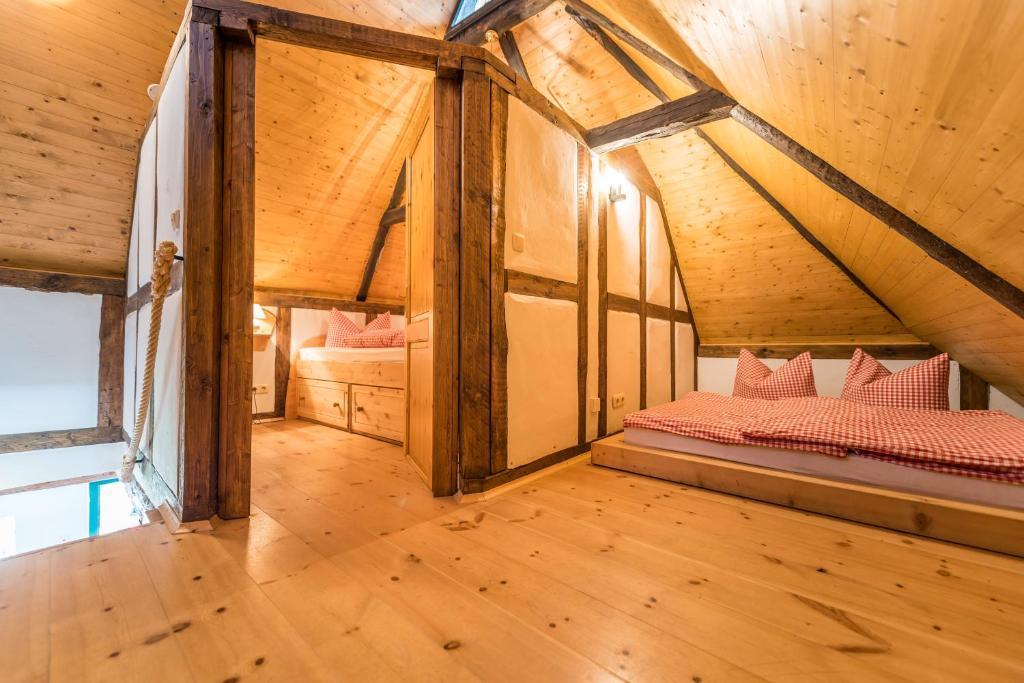 ferienwohnung hexenhaus auf r gen deutschland rappin. Black Bedroom Furniture Sets. Home Design Ideas