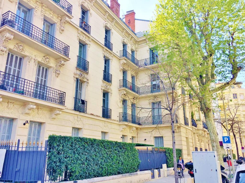 Altstadt Nizza Karte.Ferienwohnung Riviera Home Le 33 Terrasse Frankreich