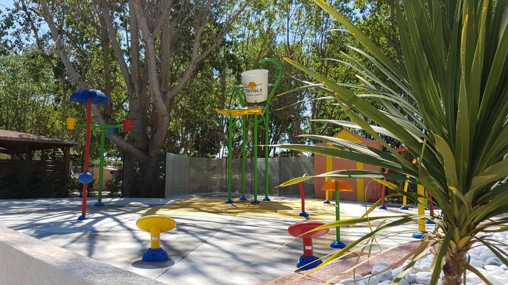 Les jardins de tivoli au grau du roi design de maison - Les jardins d arcadie le grau du roi ...