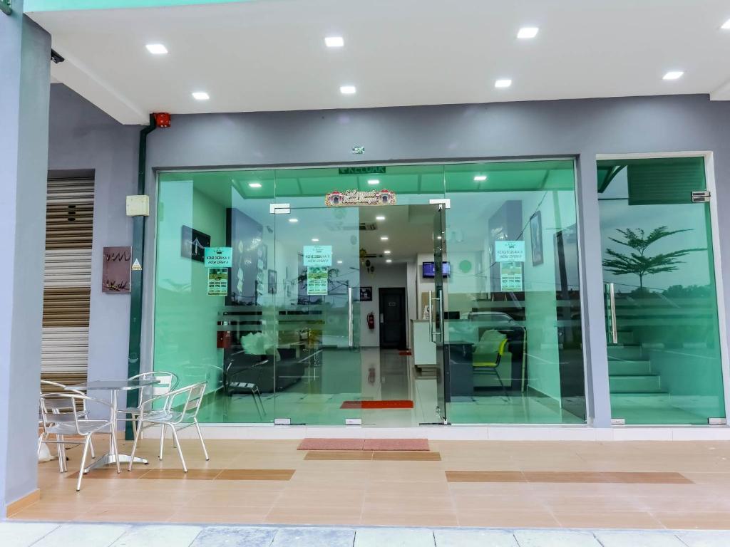 D\' ART GALLERY HOTEL, Kampong Bota Road – Updated 2018 Prices