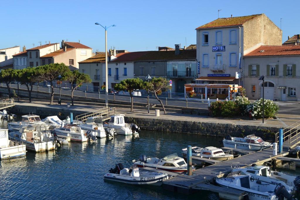 LHotel Du Port PortlaNouvelle France Bookingcom - Hotel du port port la nouvelle