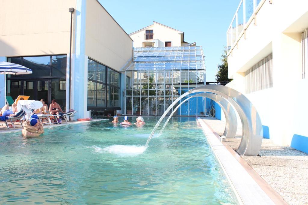 Hotel al sole terme abano terme prezzi aggiornati per il 2018 - Abano terme piscine termali ...
