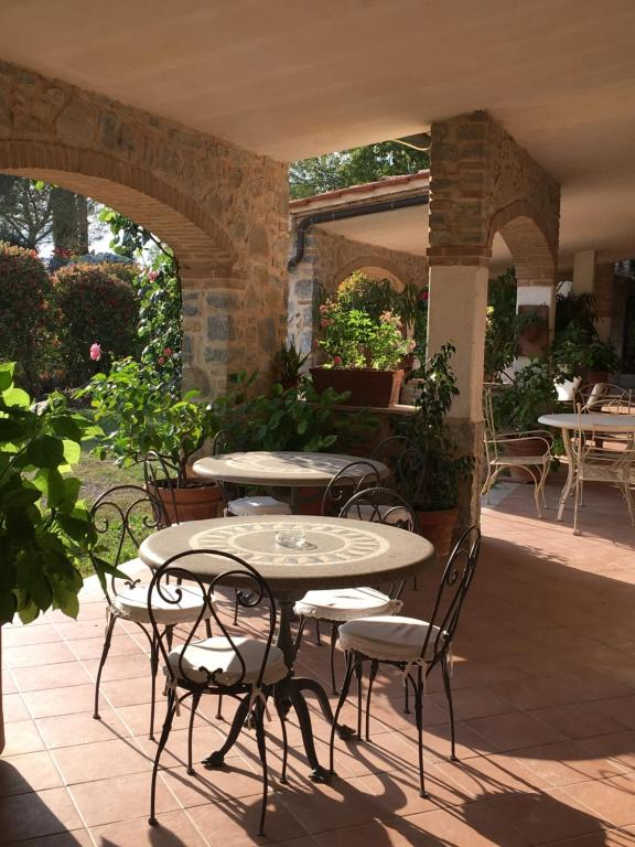 Bagno Santo Hotel, Saturnia, Italy - Booking.com