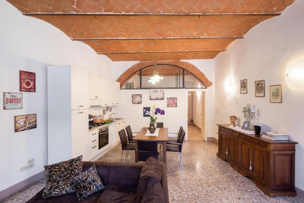 Nearby hotel : Antica Dimora Borgunto