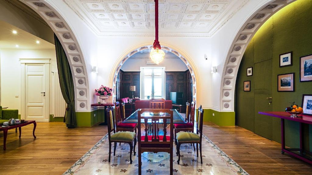 Restoran atau tempat lain untuk makan di Donna Giulia - Luxury House
