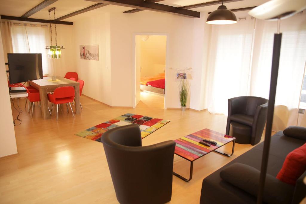 Aldi Kühlschrank Studio : Ferienwohnung art city studio kassel deutschland kassel