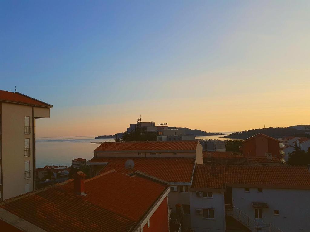 Установка кондиционеров черногория кондиционер в сандеро обслуживание
