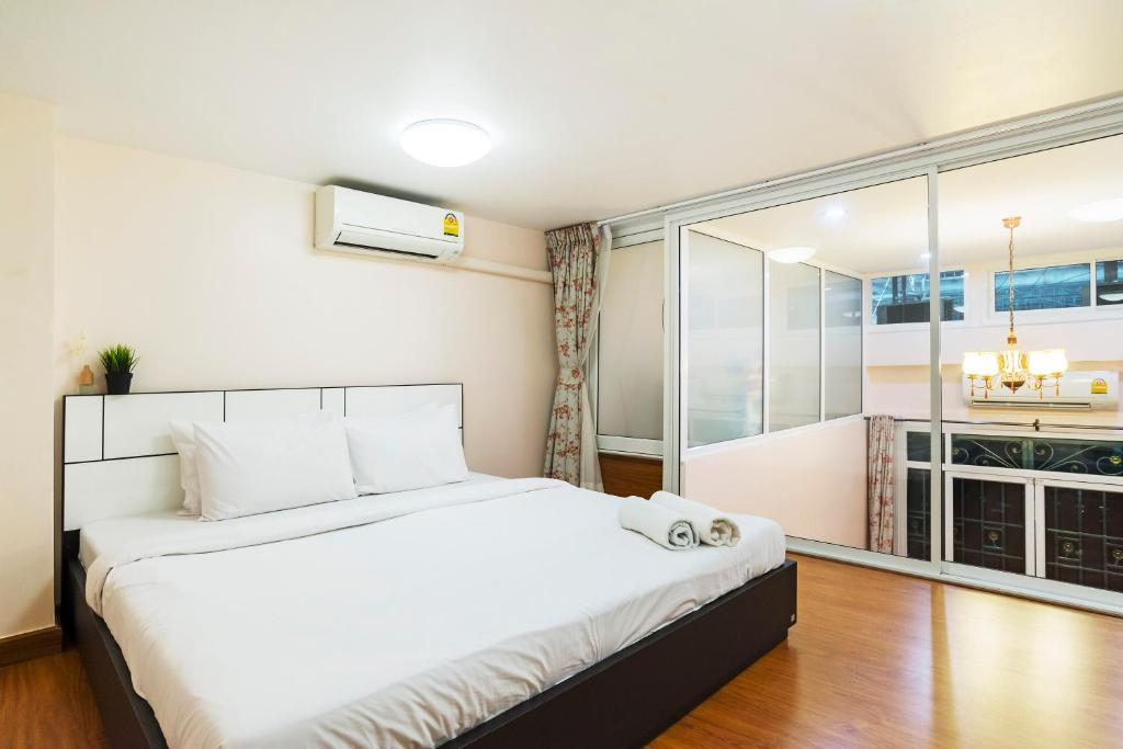Apartment Diamond habitat By Favstay, Bangkok, Thailand - Booking.com