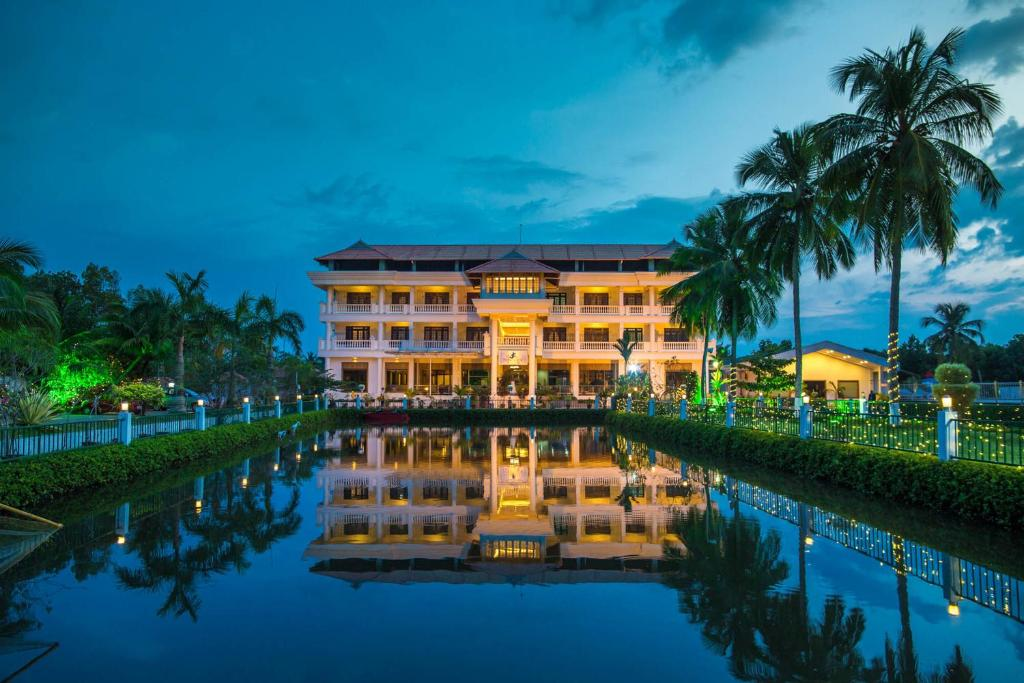 PJ Princess Regency Hotel Kochi India