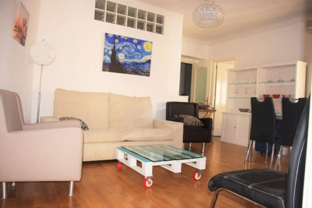 Apartamento Narciso Serra Espana Madrid Booking Com