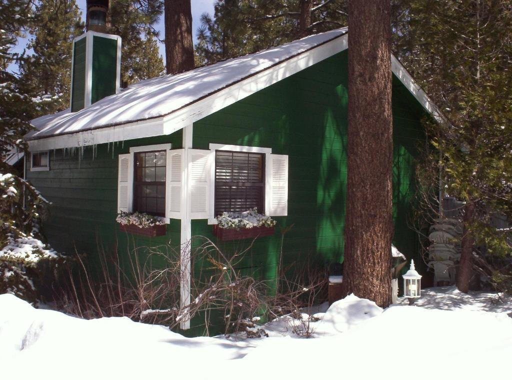 california big events and cabins brochure lake cheap information bear great lodging in lodge fishing from just yards