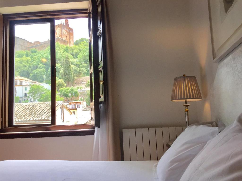 boutique hotels in granada  93