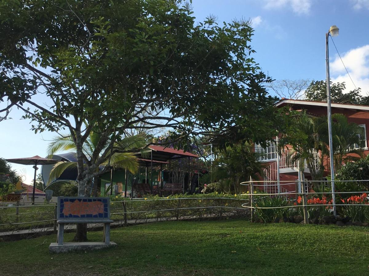 Guest Houses In Membrillo Cocle