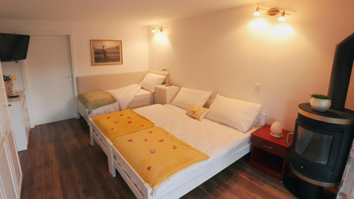 Apartma AS