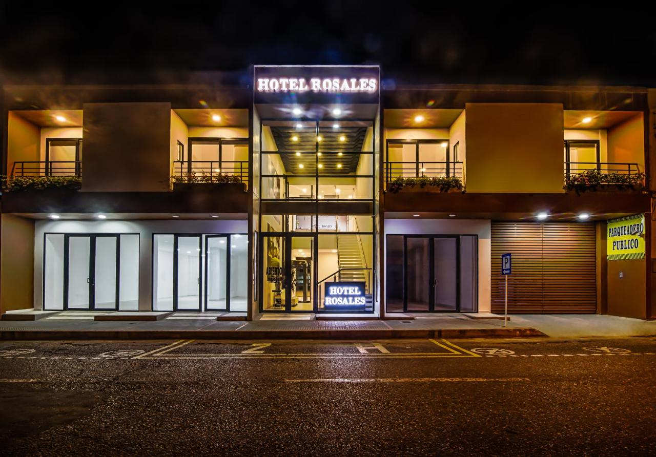 Hotels In Dujos Huila