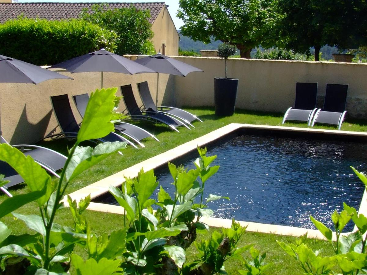 Guest Houses In Plazac Aquitaine