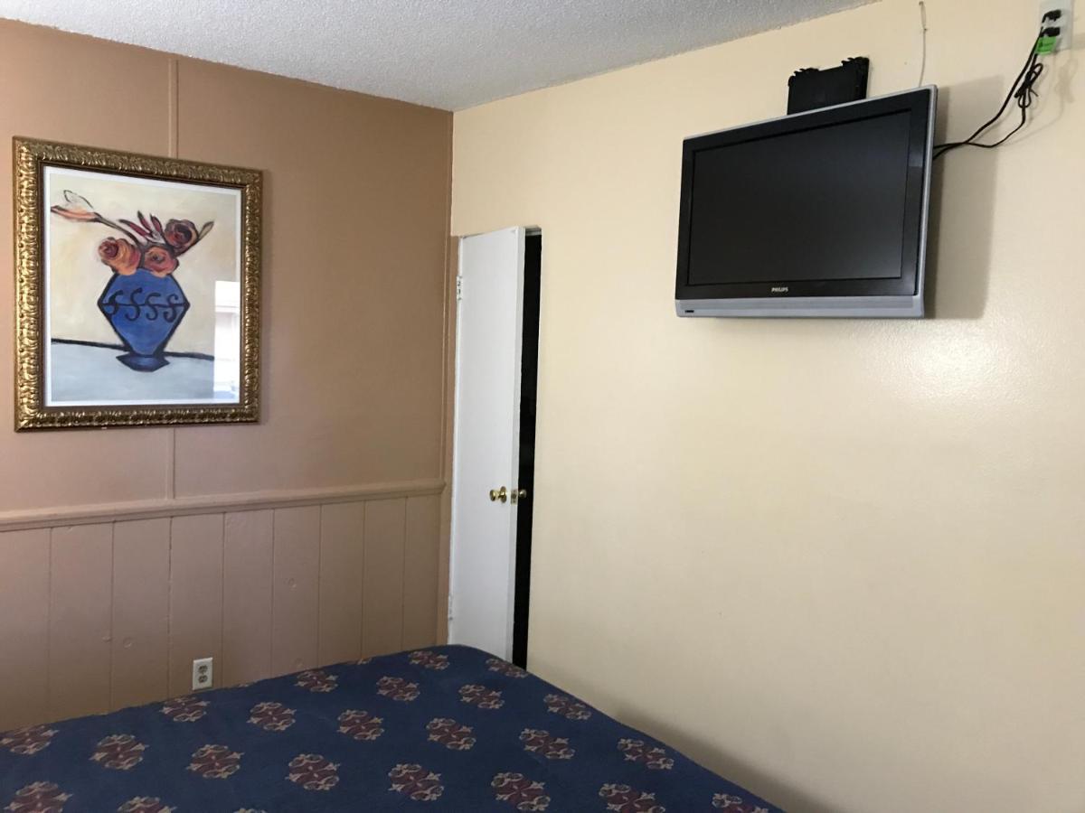 A Fisher\'s Inn Motel, Las Vegas, NV - Booking.com