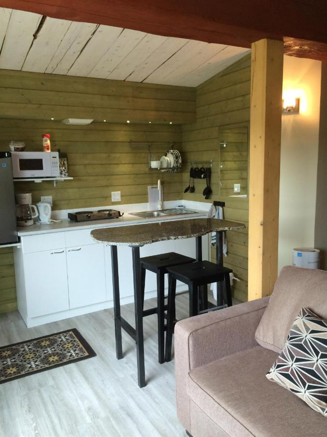 Bed And Breakfasts In Upper Laberge Yukon