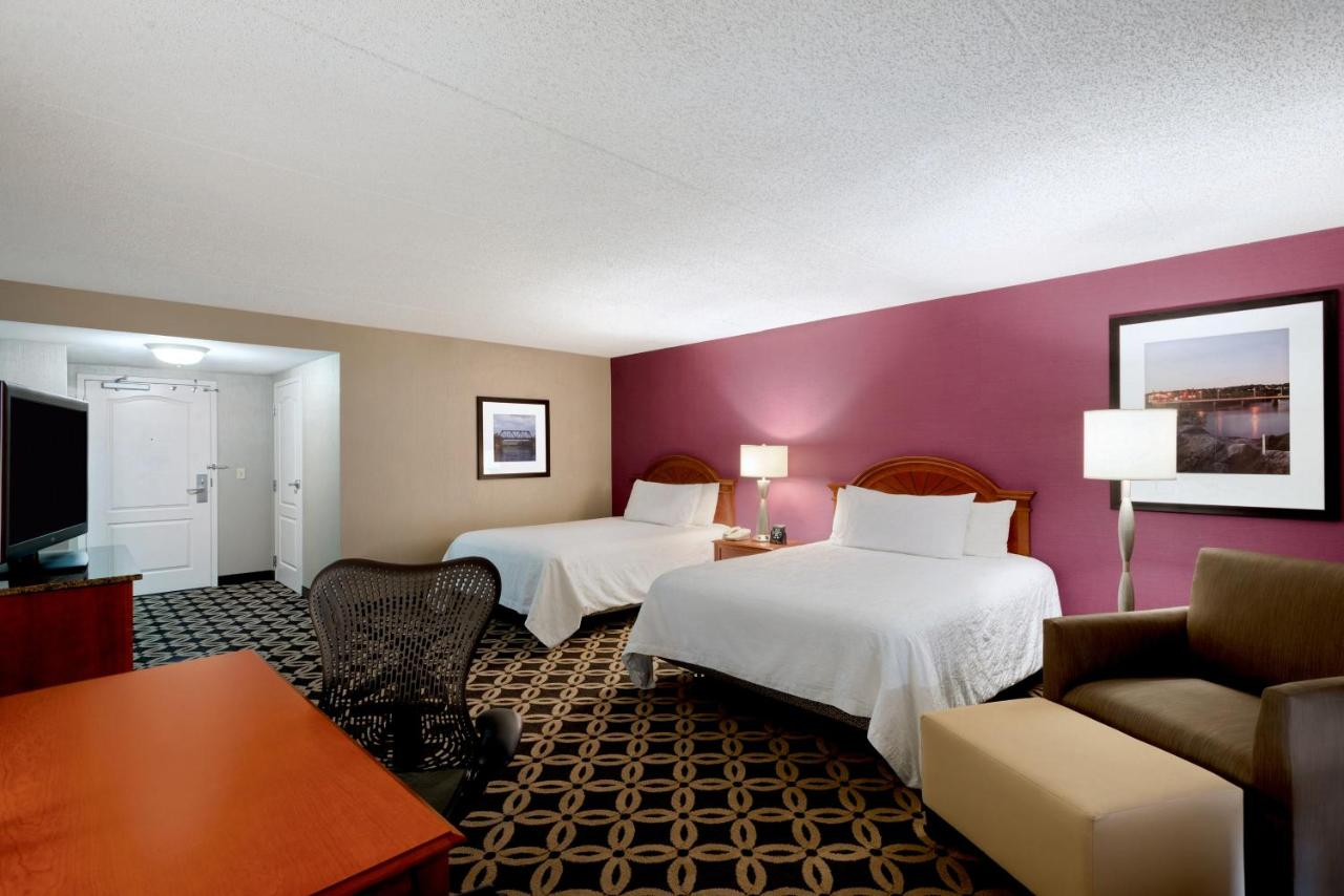 Hilton Garden Inn Auburn Riverwatch Hotels In Maine