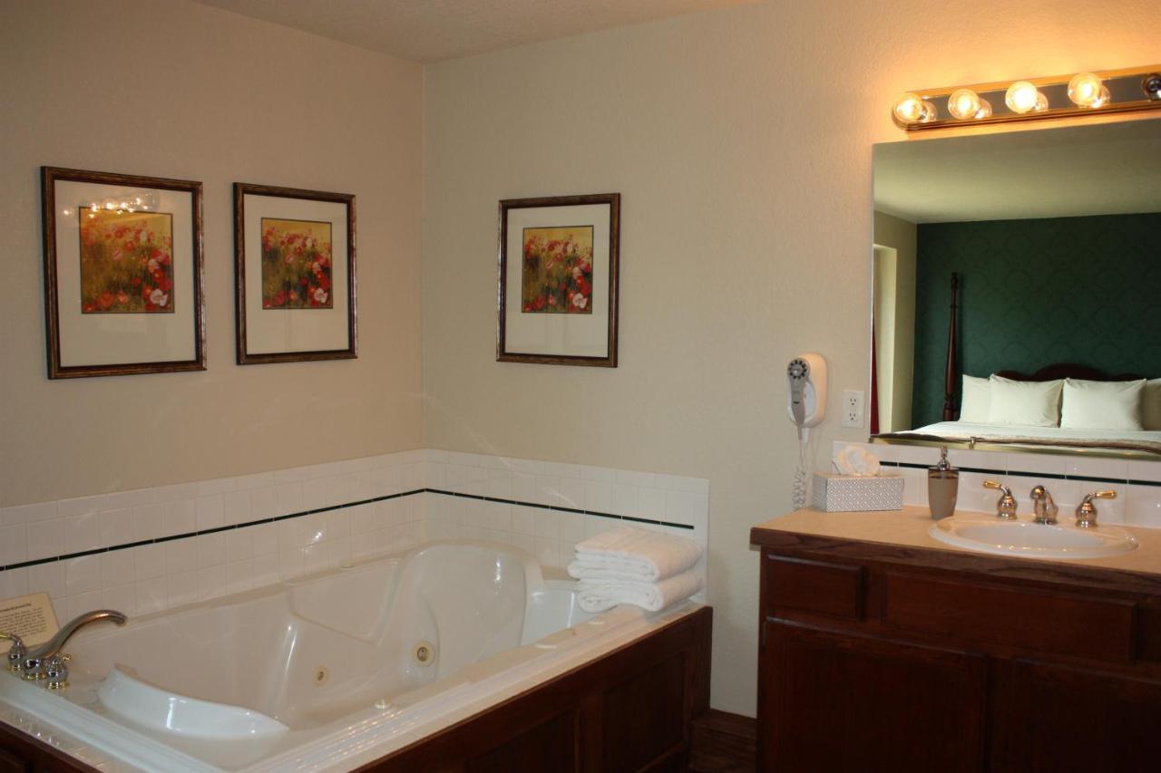 Hotels In Greeley Colorado