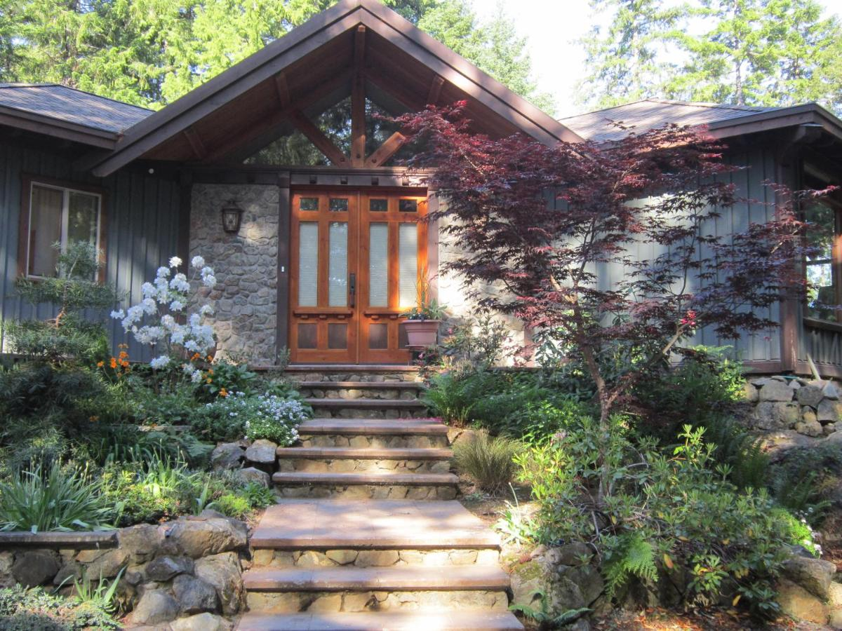 Guest Houses In North Saanich Vancouver Island