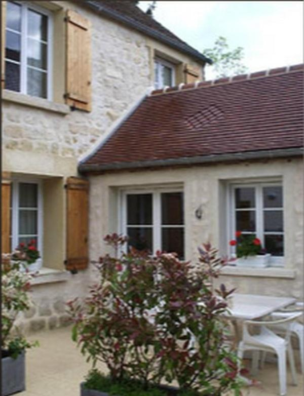 Bed And Breakfasts In Saint-leu-d'esserent Picardy