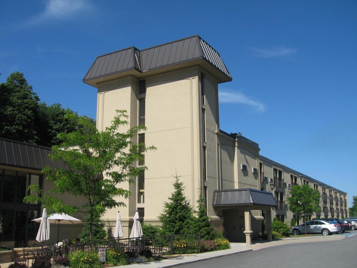 Hotels In Albert Mines Quebec