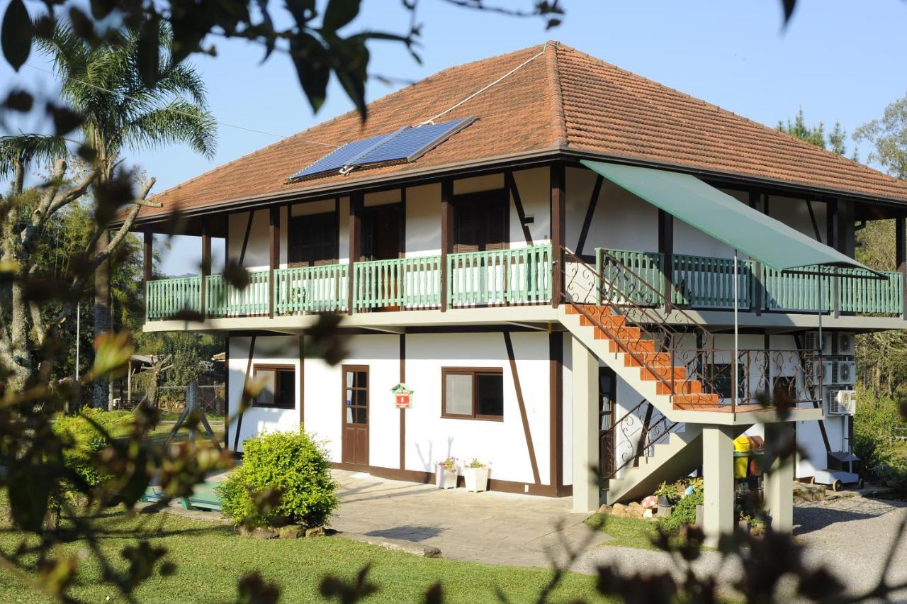 Guest Houses In Morro Dos Bugres Rio Grande Do Sul