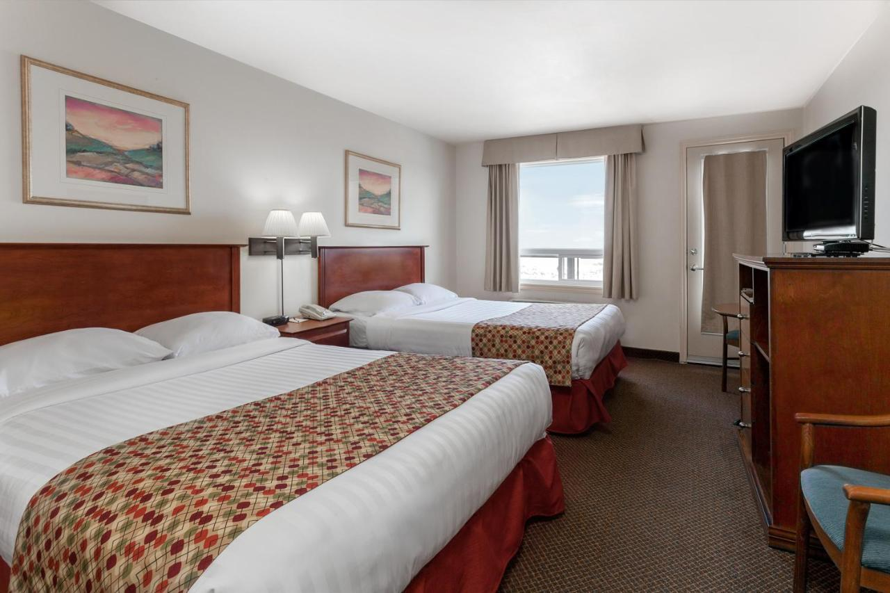 Hotels In Waugh New Brunswick