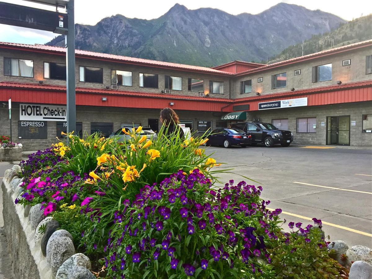 Hotels In Lillooet British Columbia