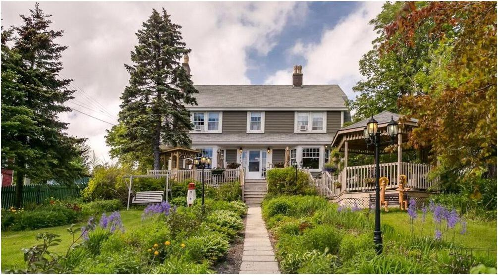 Bed And Breakfasts In Heart's Content Newfoundland And Labrador