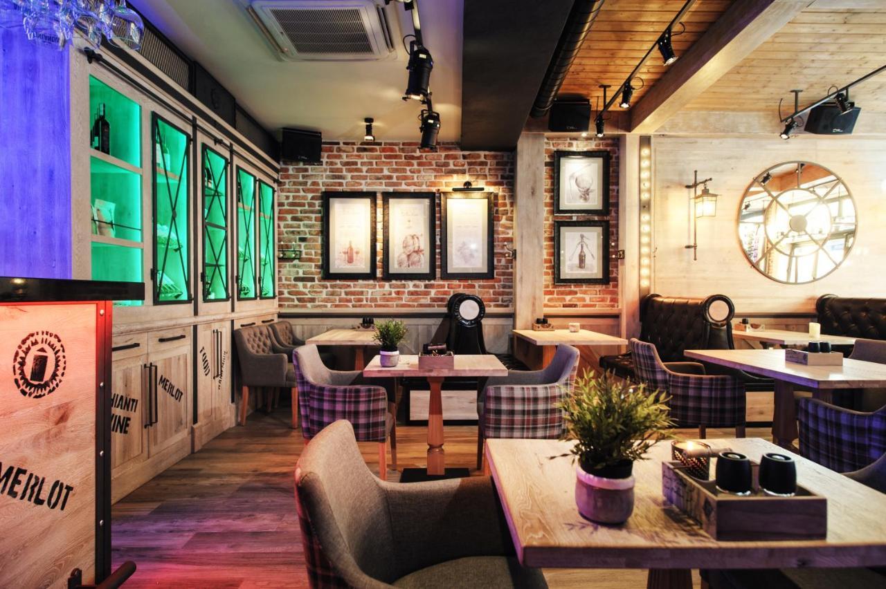 apartamenty chleb i wino gdańsk poland booking com