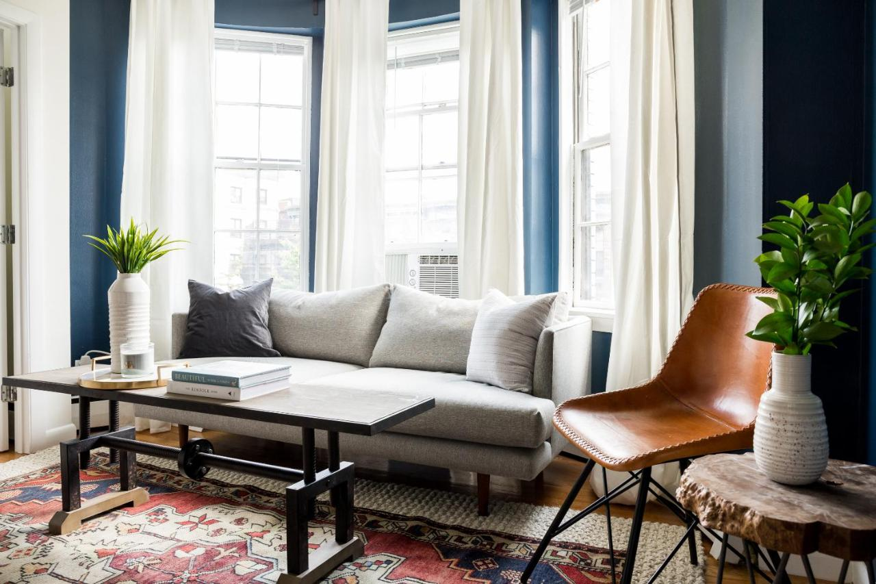 Apartment One-Bedroom on St. Botolph Street Apt 10, Boston, MA ...