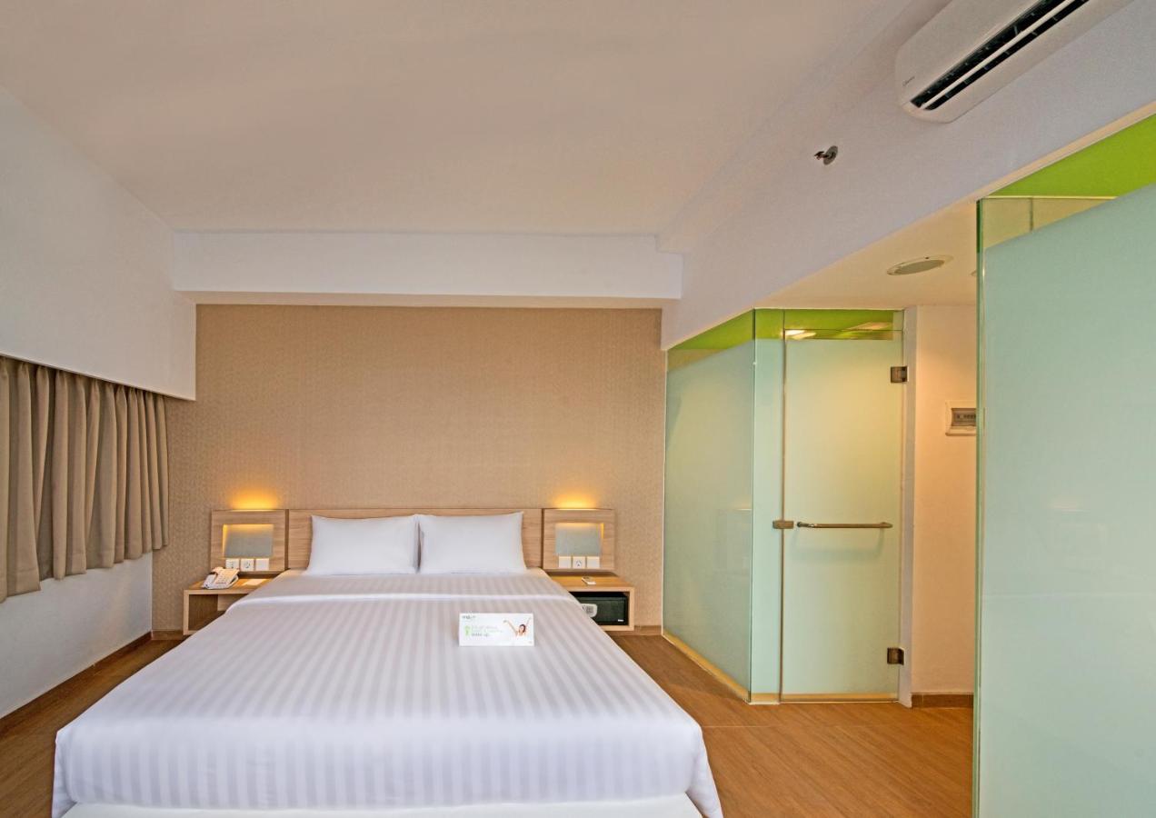 Whiz Prime Hotel Megamas Manado Manado Harga 2018 Terbaru