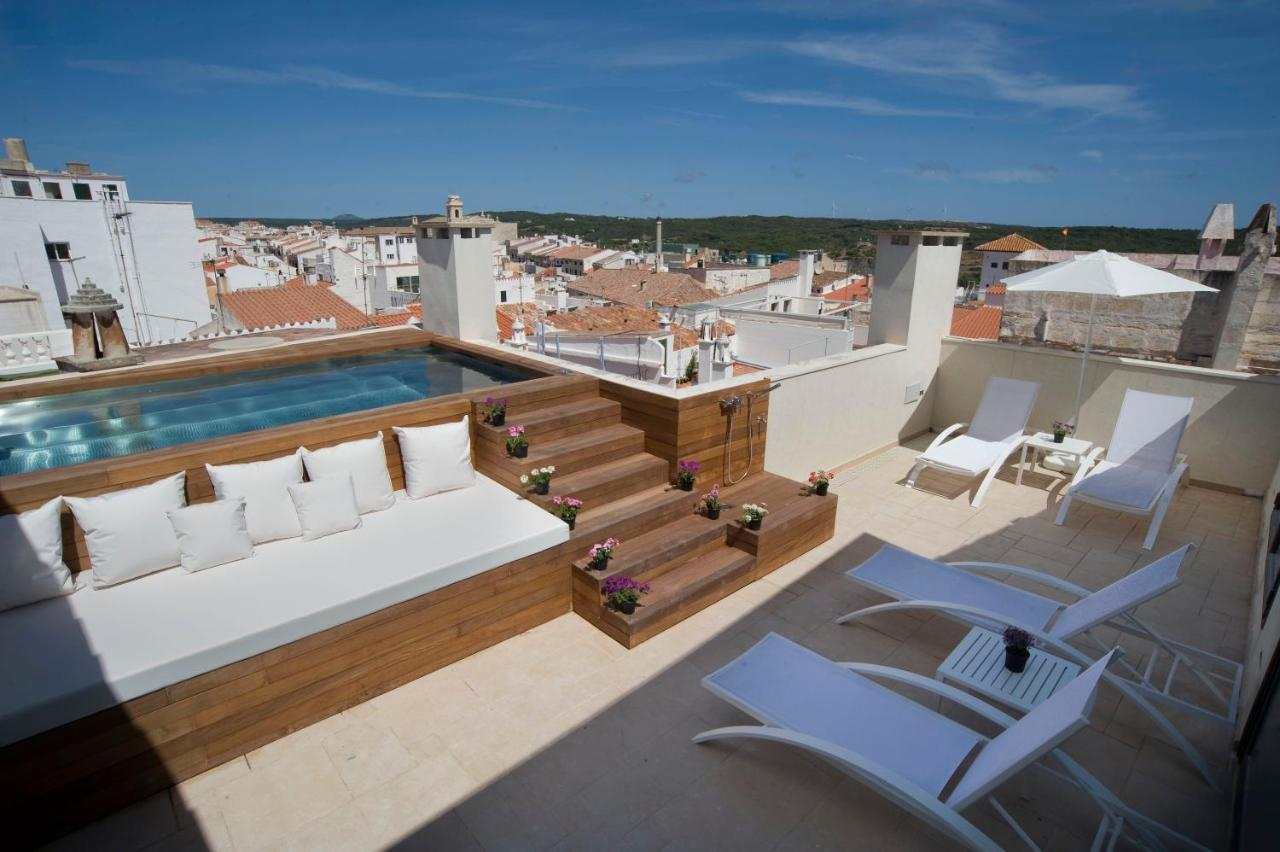 boutique hotels mahon  83