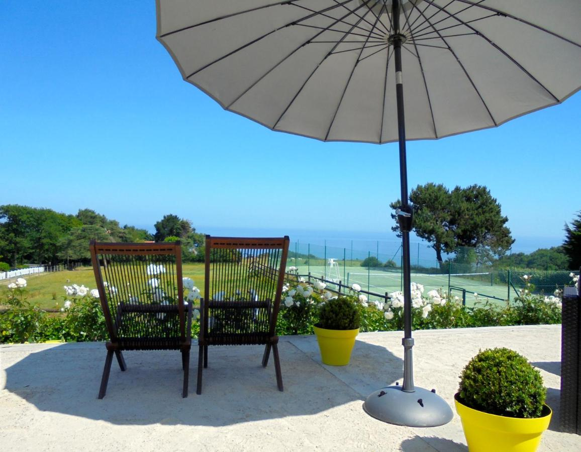Hotels In Saint-aubin-sur-mer Upper Normandy