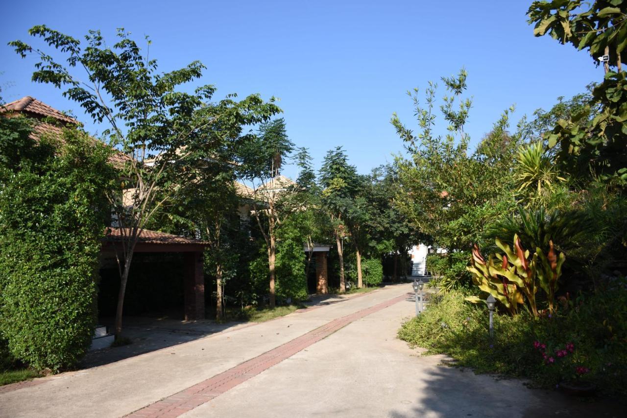 Resorts In Ban Khun Fang Uttaradit Province