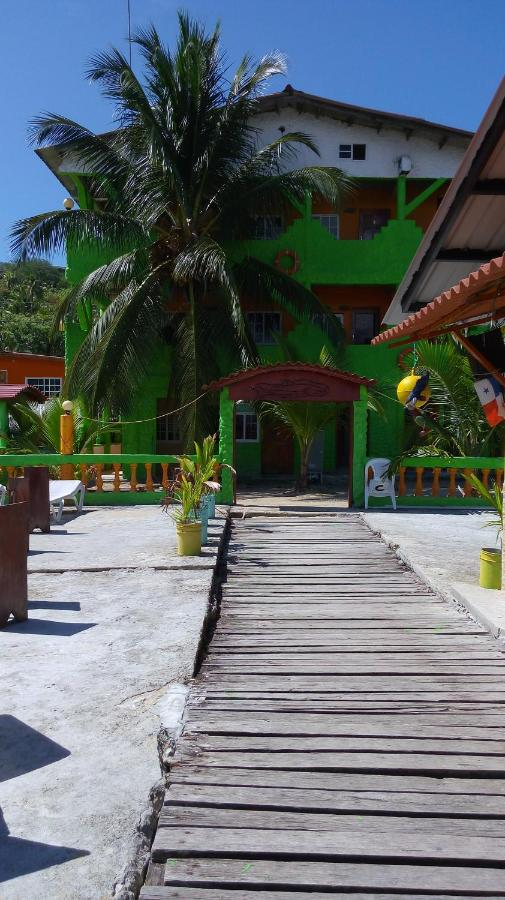 Hotels In Puerto Lindo Colon
