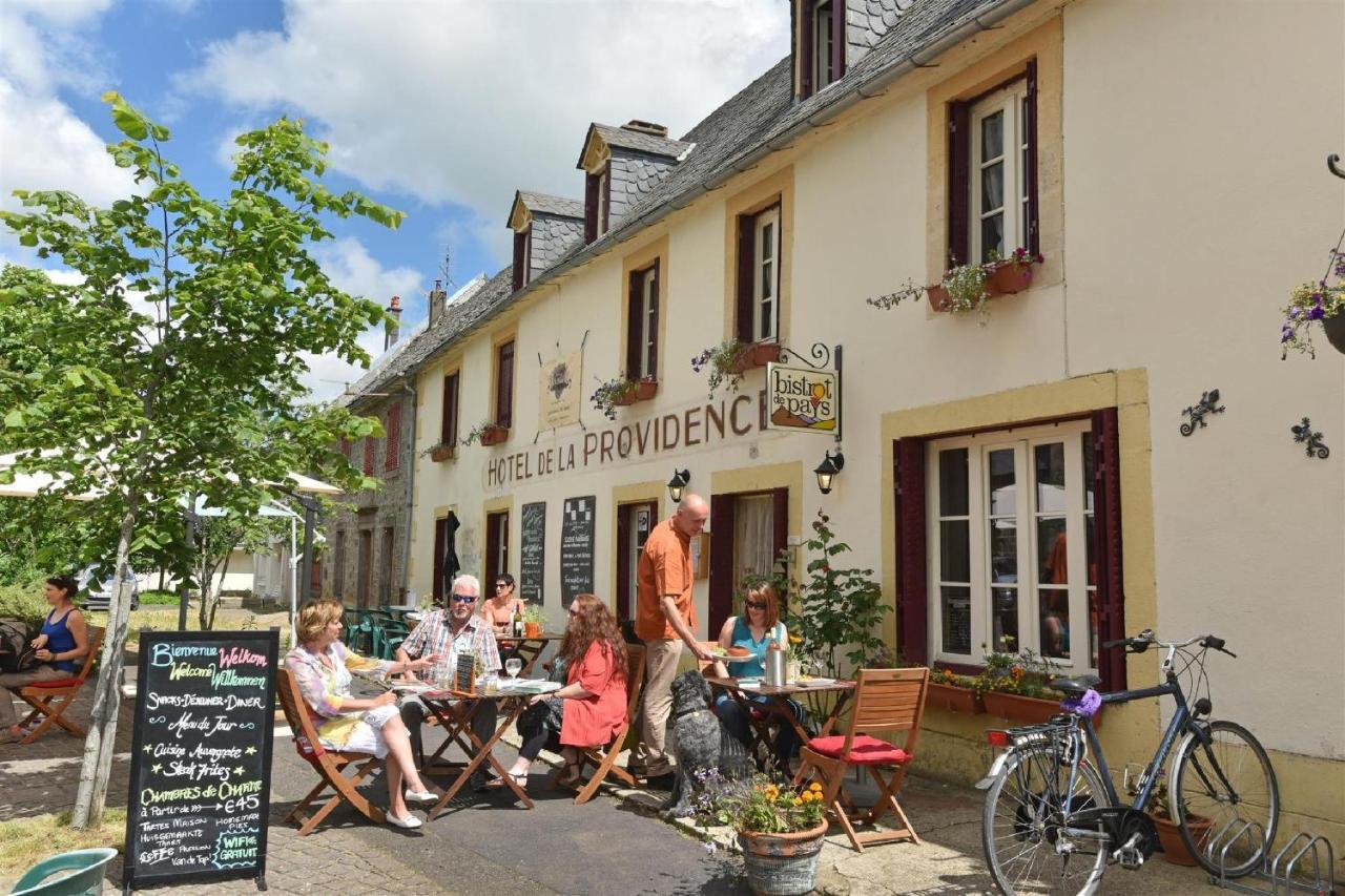 Guest Houses In Picherande Auvergne
