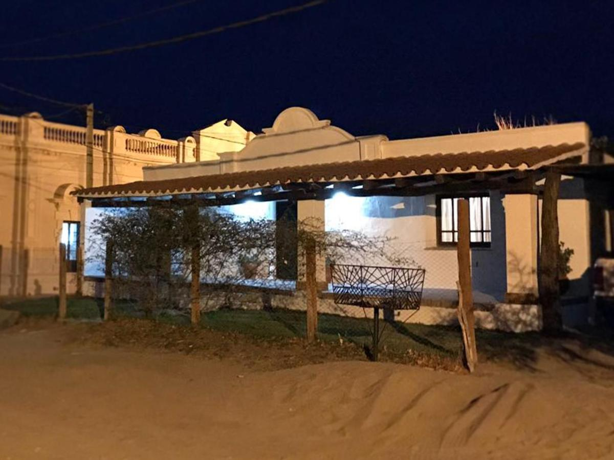 Guest Houses In Loro Huasi Salta Province