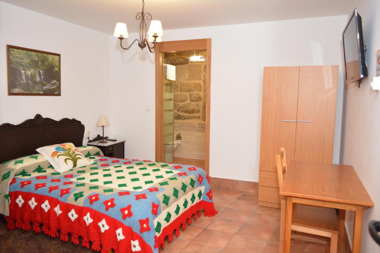 Guest Houses In Nogueira De Ramuin Galicia