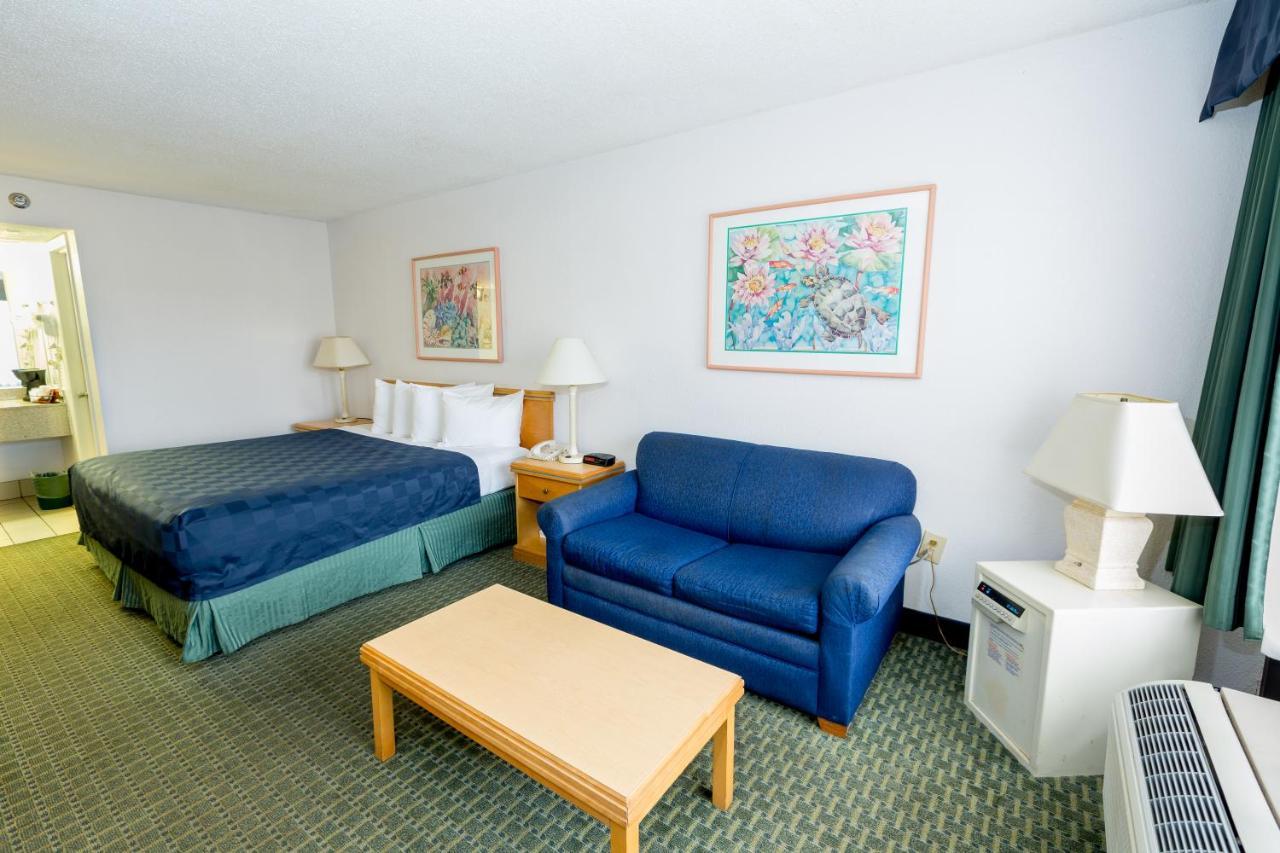 Resorts In Sheraton Lakeside Inn Heliport Florida