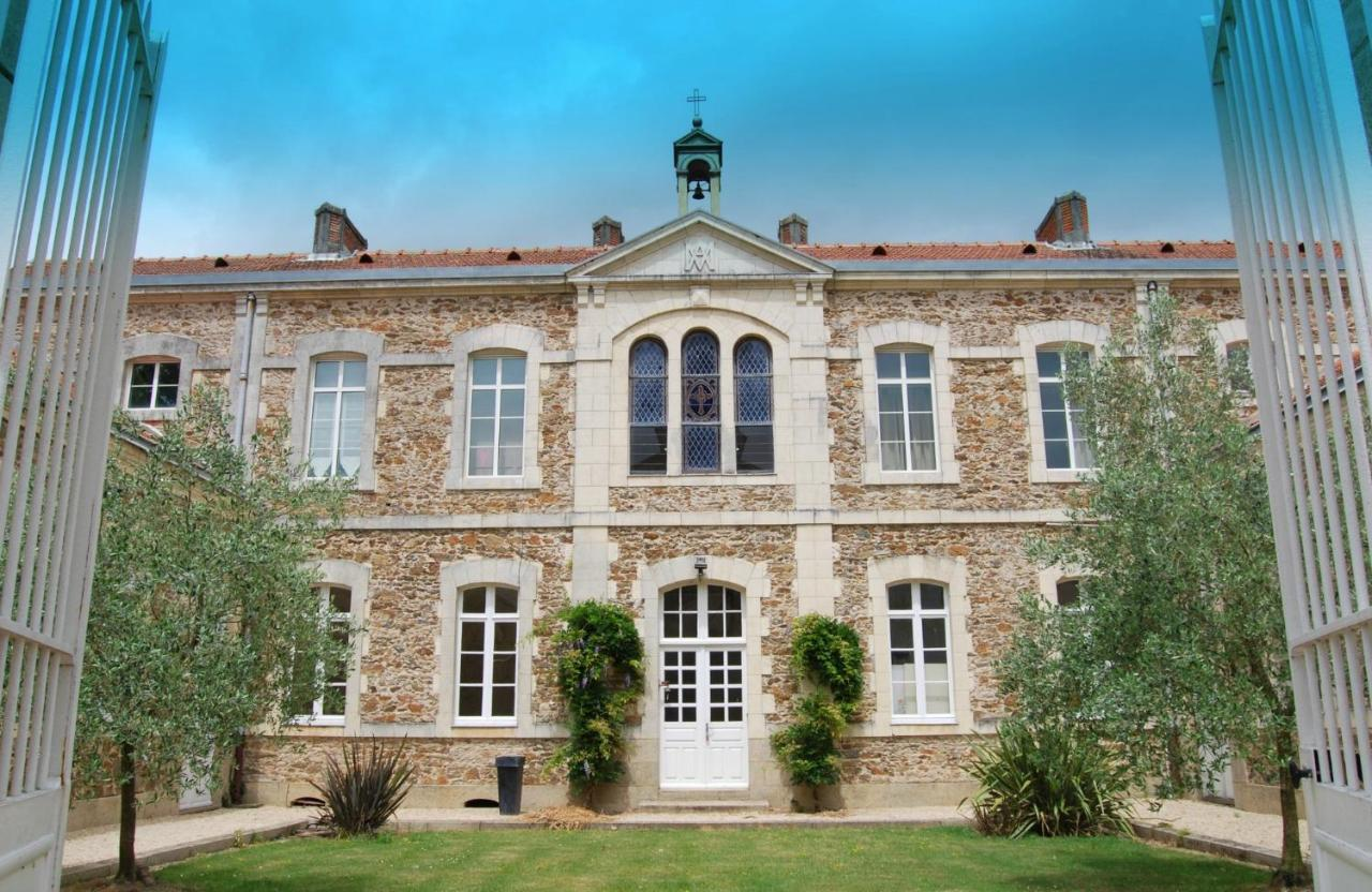 3e52d6f6e76 La Maison D Olivier (Bed and Breakfast)