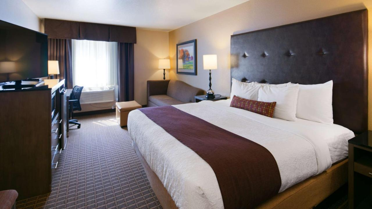 Best Western Plus Yakima Hotel Wa Booking Com