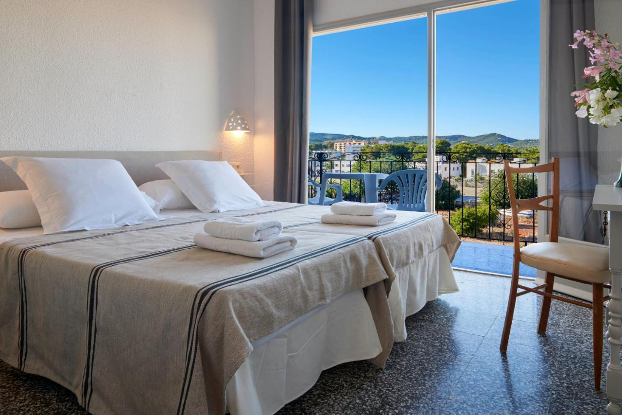 Guest Houses In Es Cana Ibiza